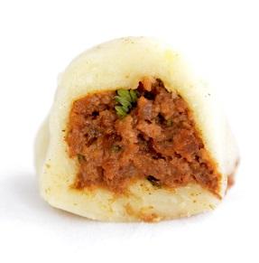 Nhoque de Batata com Recheio de Carne. Clique para mais informações.