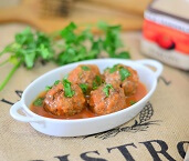 Almôndegas de Carne ao Molho de Tomate. Clique para mais informações.