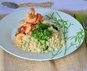 Filé de Peixe com Molho de Camarão e Arroz Integral com Brócolis