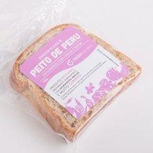 Pasta de Peito de Peru com Cream Cheese no Pão de Chia e Macadâmia. Clique para mais informações.