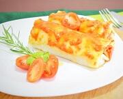 Panqueca de Carne com Molho de Tomate . Clique para mais informações.