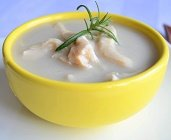 Sopa de Inhame com Frango. Clique para mais informações.
