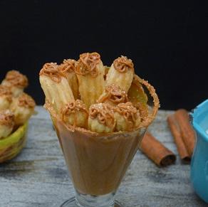 Churros de Doce de Leite Frito Congelado. Clique para mais informações.