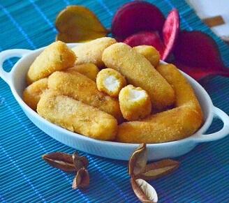 Croquete de Frango com Requeijão Frito. Clique para mais informações.